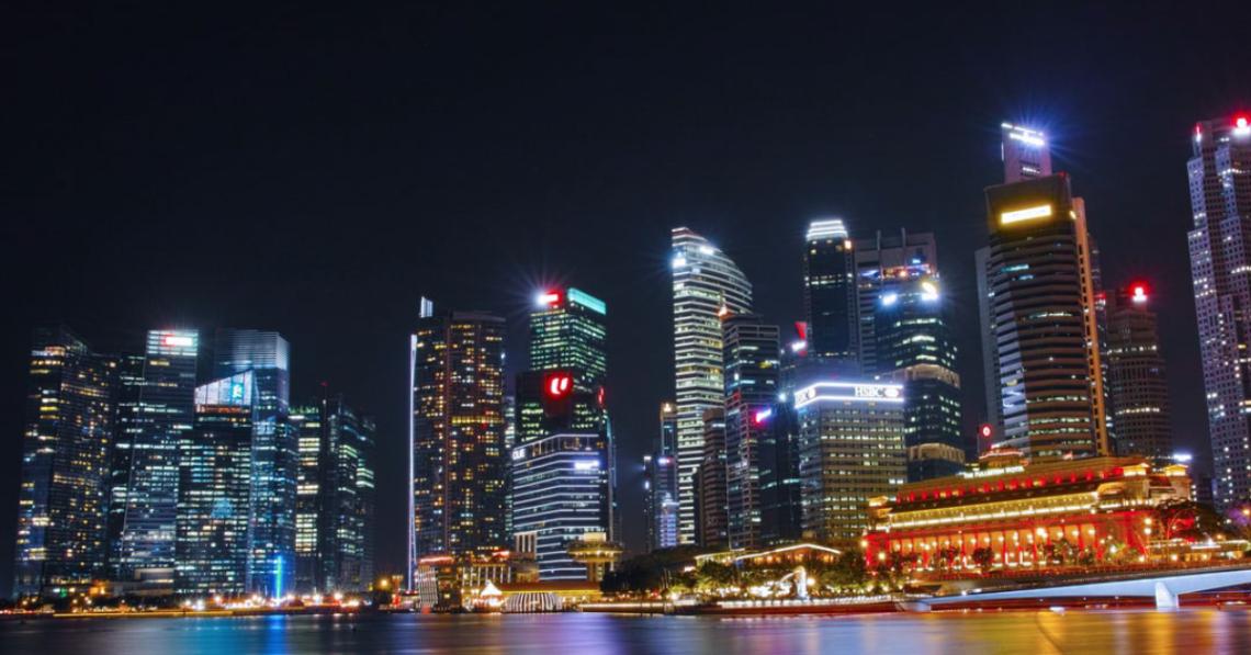 Image of Singapore at night